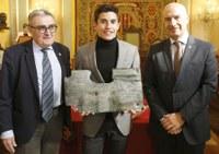 Marc Márquez assegura que és un honor rebre el Premi Internacional Ciutat de Lleida perquè se sent vinculat a Cervera i a Lleida i perquè el guardó valora el seu esforç i trajectòria i la de tot un equip