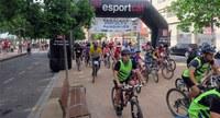 Uns 200 ciclistes participen en la Pedalada Popular de Pardinyes