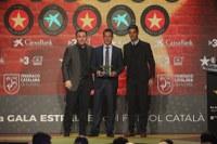 Xavier Estrada Fernández escollit com a millor àrbitre de futbol català